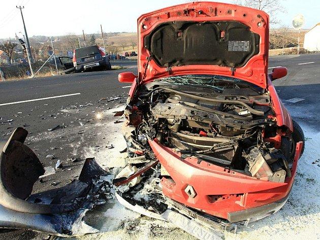 Dopravní nehoda s těžkým zraněním se stala ve čtvrtek ráno u Třebívlic