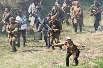 Na osudu pevnosti Přemyšl, ležící na území dnešního Polska,  si před zraky diváků v Terezíně v sobotu připomněli členové klubů vojenské historie 95. výročí vzniku 1. světové války.