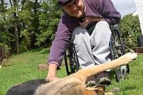Jiří Seman se díky novému invalidnímu vozíku může věnovat všemu, co ho baví.