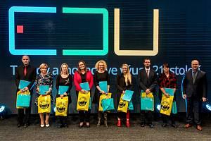 Nadace Unipetrol udělila pedagogické granty