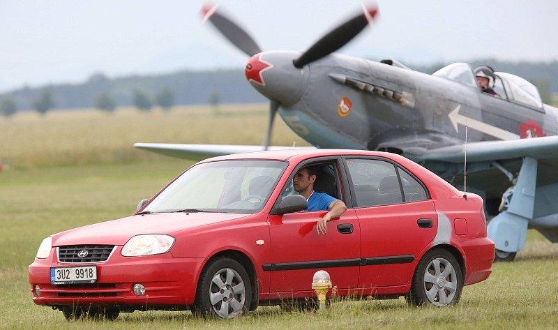 Páteční přílety na Memorial Air Show