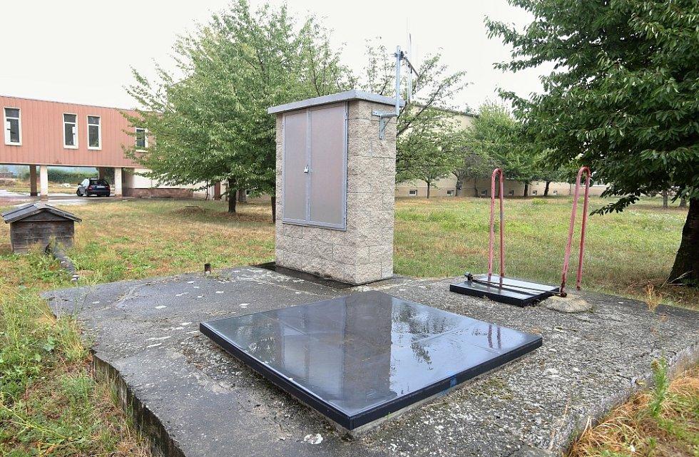 Píšťanská úpravna pitné vody. Voda se zde čerpá z dvou Artéských studní ve hloubce 140 metrů a další studny jsou hluboké jen několik desítek metrů.