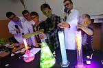 Chemie hrou na gymnáziu v Litoměřicích