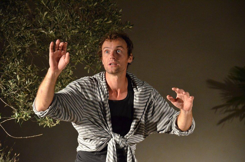 Jan Horák, záběry z divadelního představení.