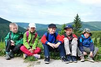 Děti z křešické školy v Krkonoších.