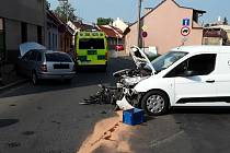 V Roudnici havarovala dvě auta.