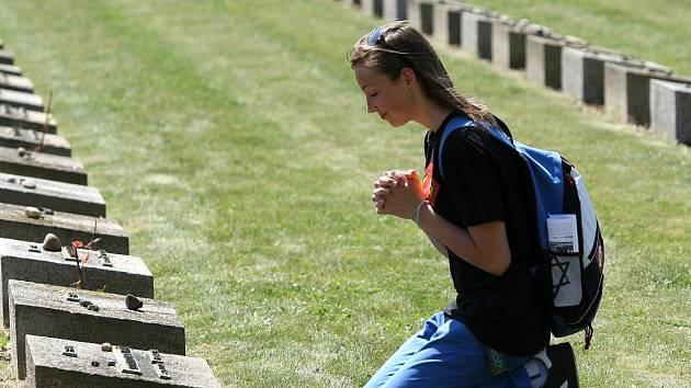 TRADIČNÍ a jednou z největších akcí Památníku Terezín je Terezínská tryzna.