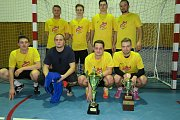 Božkov team Horní Počáply s trofejí