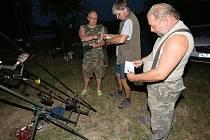Kontroly rybářské stráže.