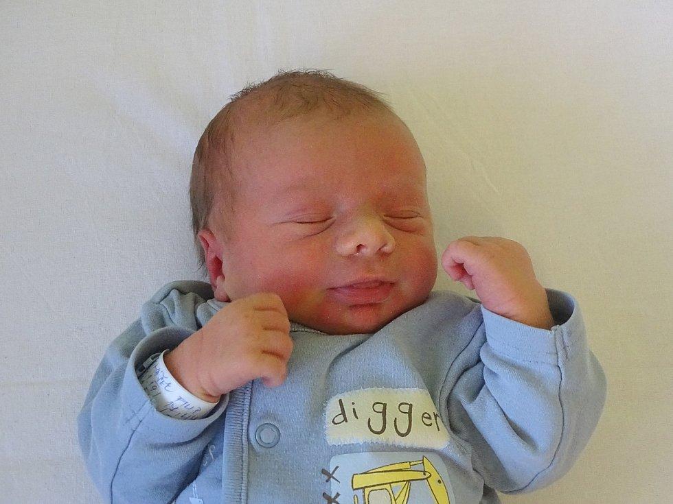 Filip Tomášek se narodil Stanislavě Doubravové a Tomáši Tomáškovi z Brňan 29.1.2019 v 17.44 hodin (50 cm a 3,25 kg).