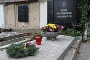 Hrob Felixe Holzmanna na litoměřickém hřbitově.