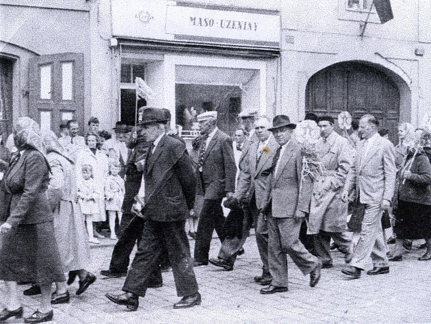Historické foto z Počeplic.
