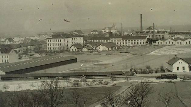 Letos si připomínáme 170 let od narození Jana Pracnera a 100 let od smrti Rudolfa Bächera, které spojovala továrna na výrobu zemědělských strojů v Roudnici nad Labem.