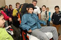 Akce v areálu Zahrady Čech, při níž se žáci litoměřických základních škol blíže seznámili s prací jednotlivých složek integrovaného záchranného systému.