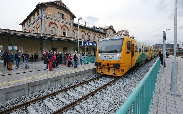 Říjen: Dokončená oprava nádraží Litoměřicích