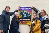 V projektu ZŠ Aloise Klára v Úštěku měli  žáci 7. až 9. třídy za úkol založit kapelu, vybrat si libovolnou anglicky zpívanou píseň a natočit a sestříhat k ní videoklip