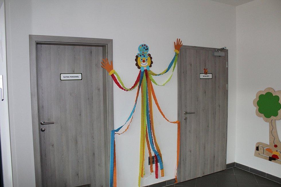 Ploskovická mateřská škola sídlí v novém objektu.