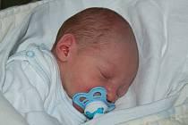 Petře Šindelářové z Vetlé se 1. října ve 14.32 narodil syn Petr Šindelář. Měřil 47cm, vážil 2,62 kg.