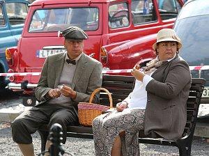 Sraz veteránů a stylová módní přehlídka v Roudnici nad Labem