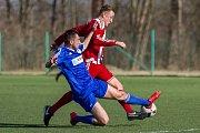 Fotbalisté SK Hrobce (KP) porazili v generálce divizní Brozany (v pruhovaném) 2:1.