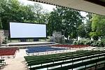 Letní kino na Střeleckém ostrově v Litoměřicích. Ilustrační foto
