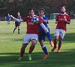 Proboštov (v modrých dresech) hrál s Bohušovicemi 0:0. V penaltovém rozstřelu byli úspěšnější hosté.