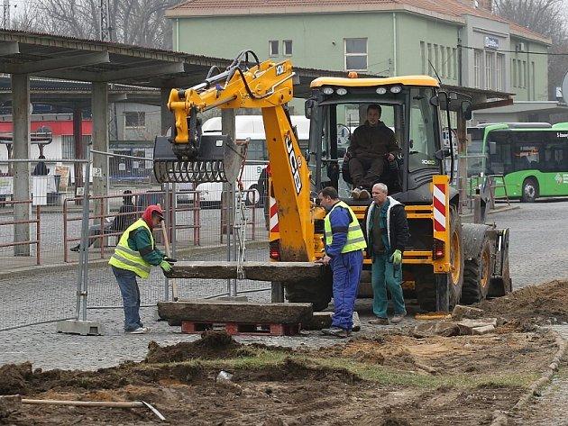 Rekonstrukce autobusového nádraží v Litoměřicích začala