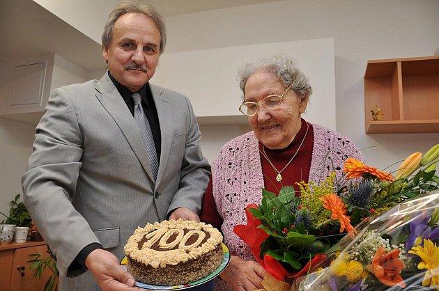 Milada Nečesaná z Litoměřic se dnes dožívá 100 let.