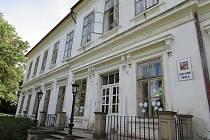 Základní a mateřská škola v Ploskovicích