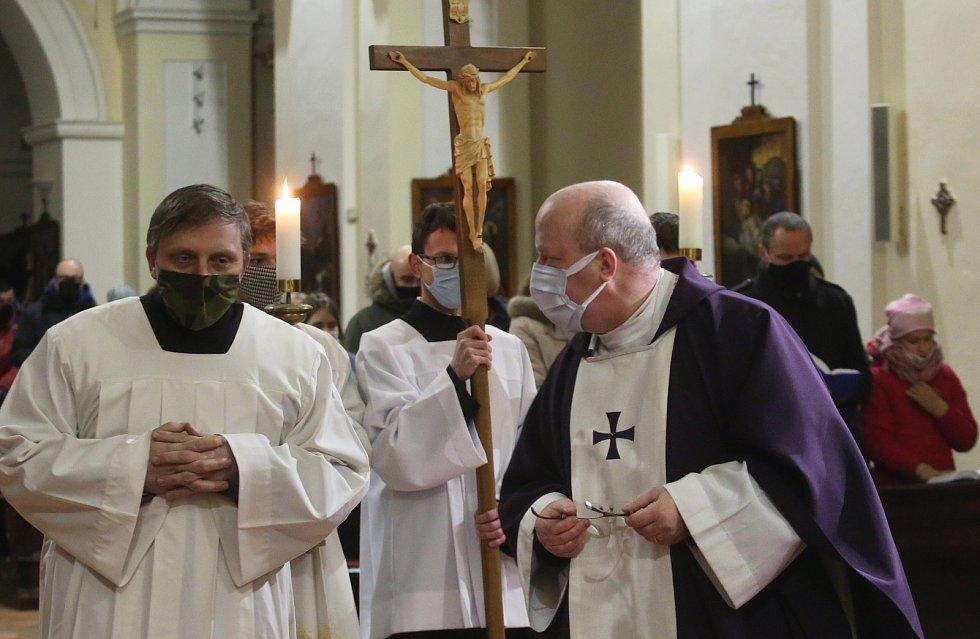 Mše svatá v kostele Všech svatých v Litoměřicích.