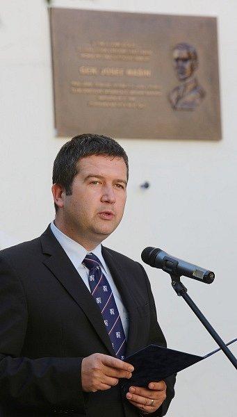 Odhalení pamětní desky Josefa Mašína v Roudnici