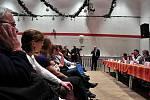 Veřejné setkání ohledně budoucnosti roudnického gymnázia v KD Říp.