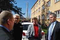 Ministr Dienstbier navštívil Štětí