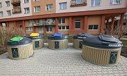 Podzemní kontejnéry na tříděný odpad v Lovosicích.