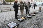 Na litoměřickém náměstí byly v sobotu fotky na dlažbě