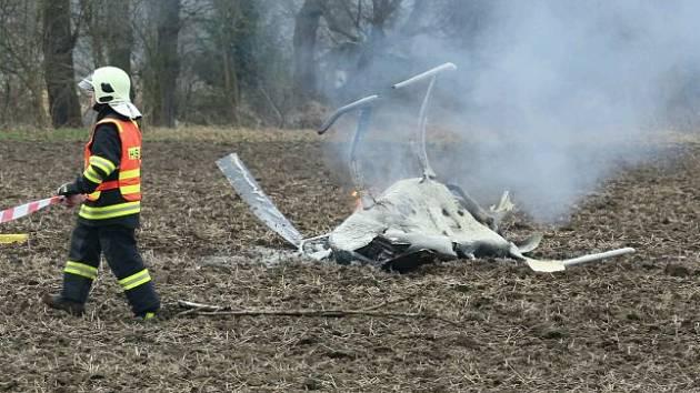 U Bohušovic n. O. se zřítil vrtulník