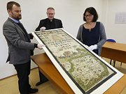 Litoměřické biskupství společně se Státním oblastním archivem umožnilo Litoměřickému deníku exkluzivně zhlédnout a pořídit fotografie originálu Klaudyánovy mapy.