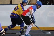 DUEL VE SKUPINĚ proti Mixteamu litoměřičtí hokejbalisté zvládli.