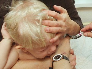 Očkování dětí, ilustrační foto.