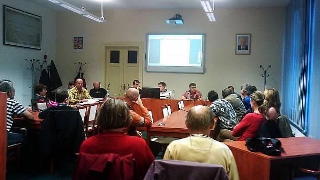 Jednání o změně dopravy na Rvačově.
