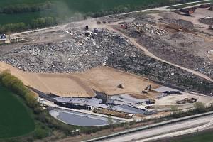 Skládka komunálního odpadu u Želechovic na Litoměřicku