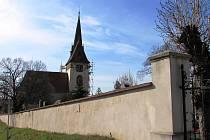 Kostel svatého Mikuláše ve Velkých Žernosekách.