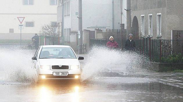 Povodeň na Litoměřicku, pondělí 17. ledna 2011 - Litoměřice, Lovosice, Žalhostice, Křešice.