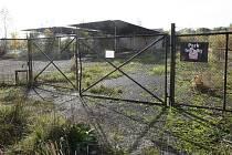 PŘÍSTŘEŠKY ESO stojí na pozemcích, které město už vlastní. Nyní převezme i stavby, nepotřebný majetek státu.