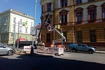 Opravy v ulici Na Valech v Litoměřicích.
