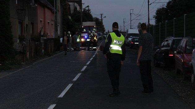 Při nehodě zemřel motorkář.