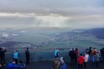 Výhled z hory Lovoš