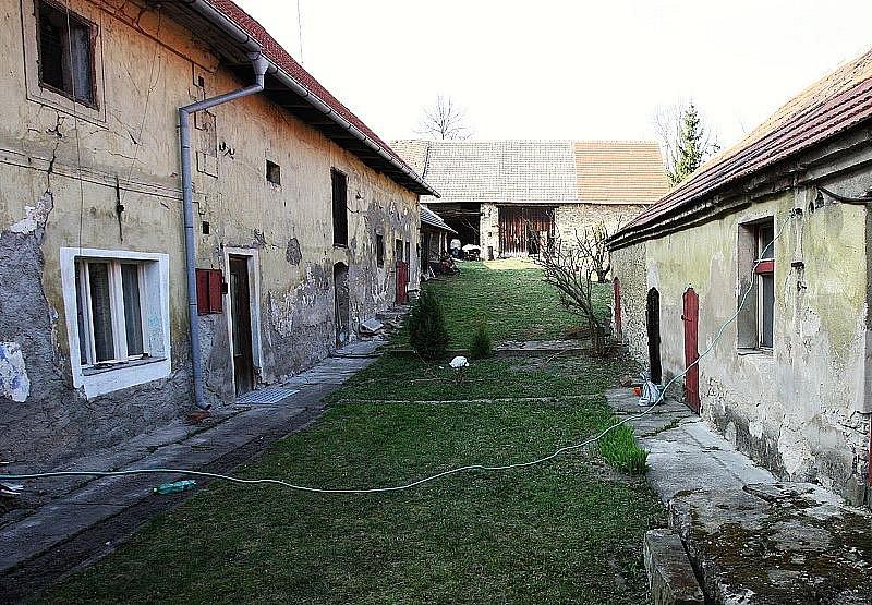 Stavení v Podbradci, kde došlo k útoku