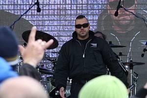 Na Řipské pouti 2017 vystoupila kontroverzní skupina Ortel