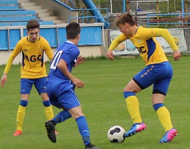 Na roudnickém trávníku porazili fotbalisté FK Teplice U15 americký výběr 7:0.
